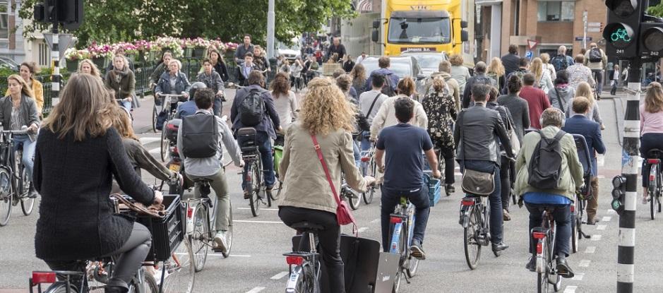 RVO: Integrale benadering duurzame mobiliteit in Amsterdam